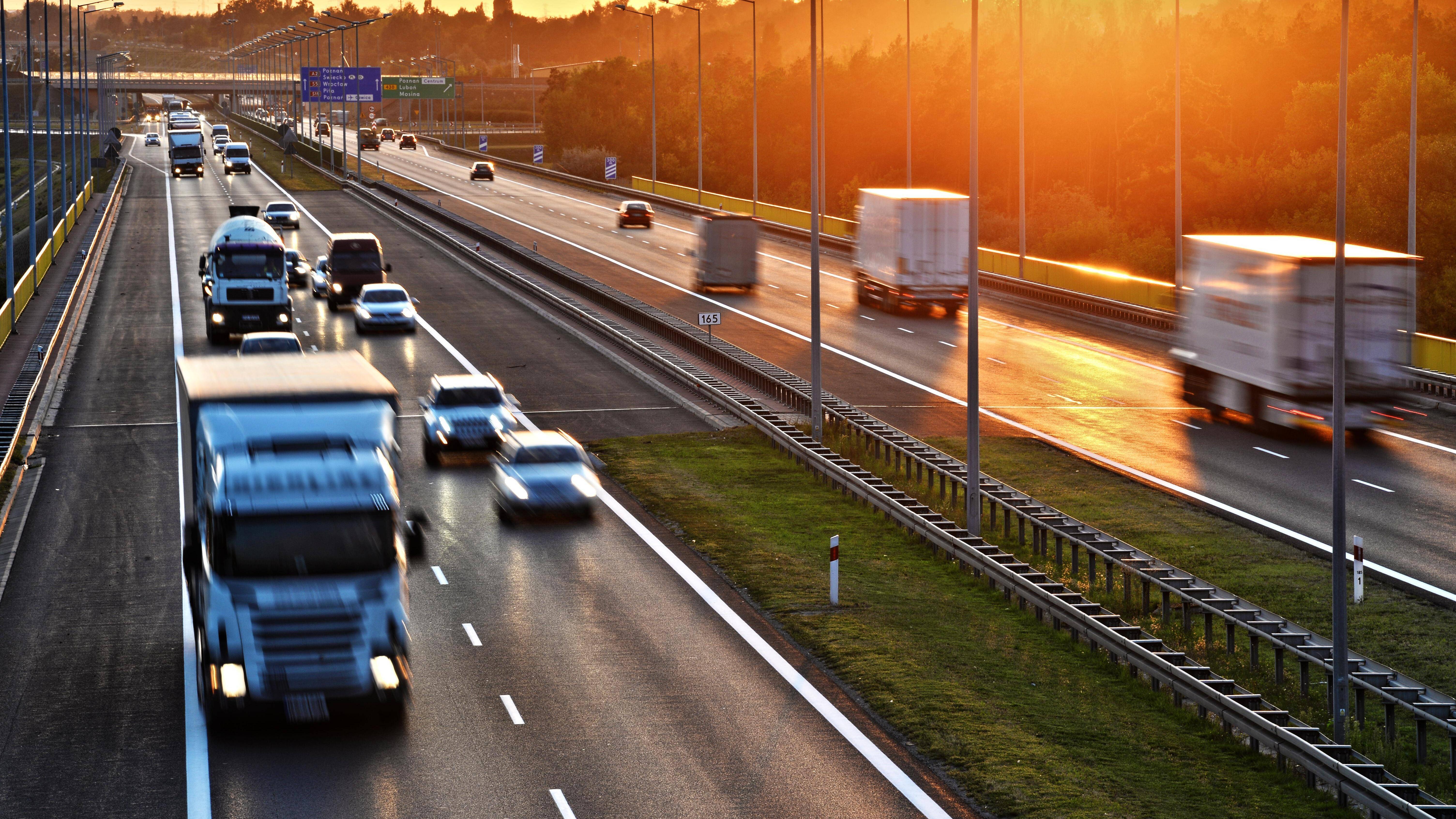Mindestgeschwindigkeit auf Autobahn: Das müssen Sie wissen