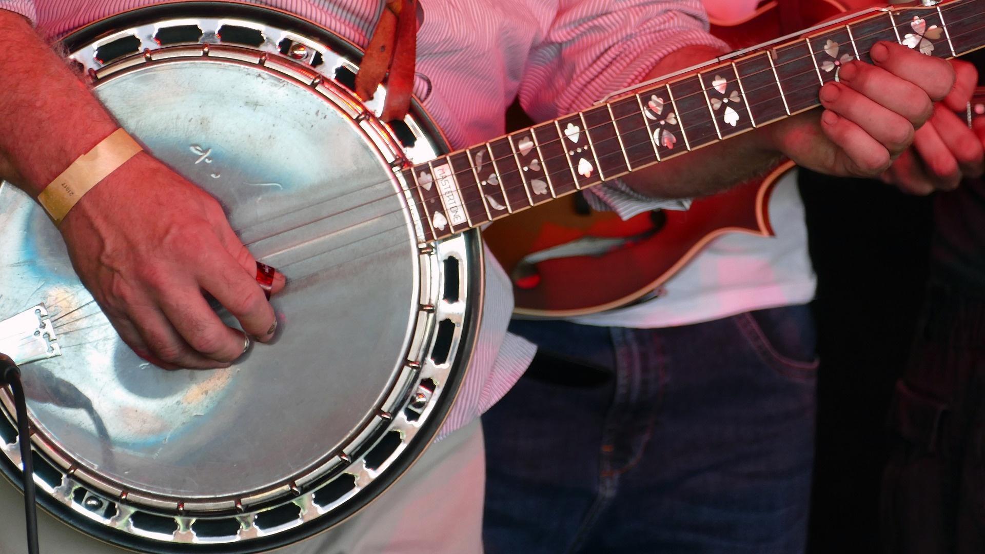 Banjo spielen lernen ist mit diesen nützlichen Tipps schnell möglich