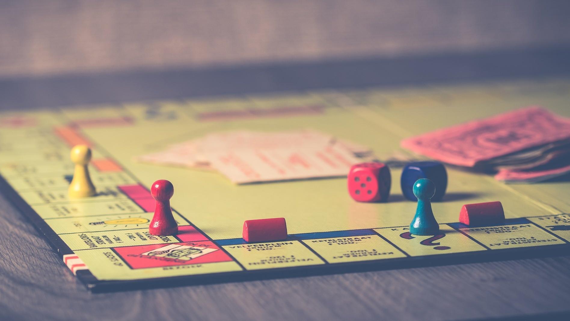 Ihr virtueller Spieleabend muss nicht ohne Klassiker wie Monopoly auskommen.