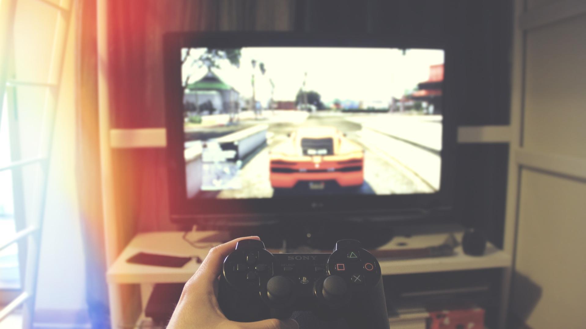 Um die maximale Leistung Ihrer Xbox Series X auszunutzen, ist ein Fernseher mit HDMI 2.1 nötig.