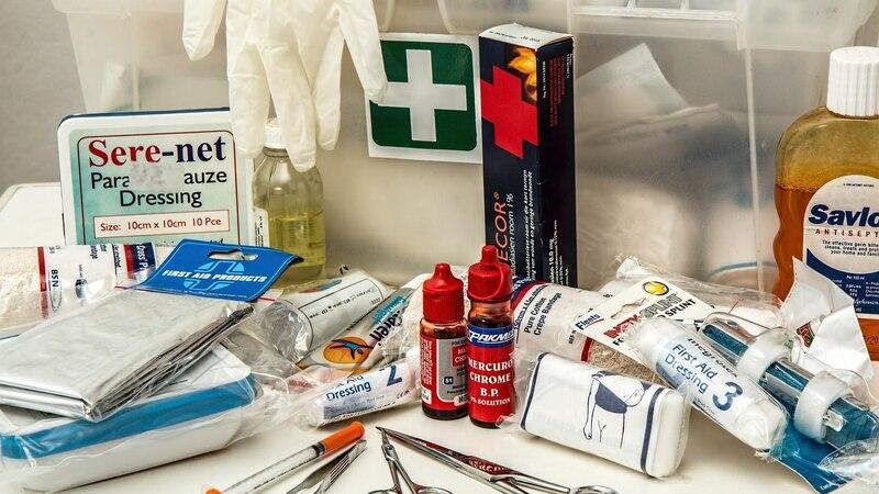 Erste-Hilfe-Kasten: Dieser Inhalt ist Pflicht