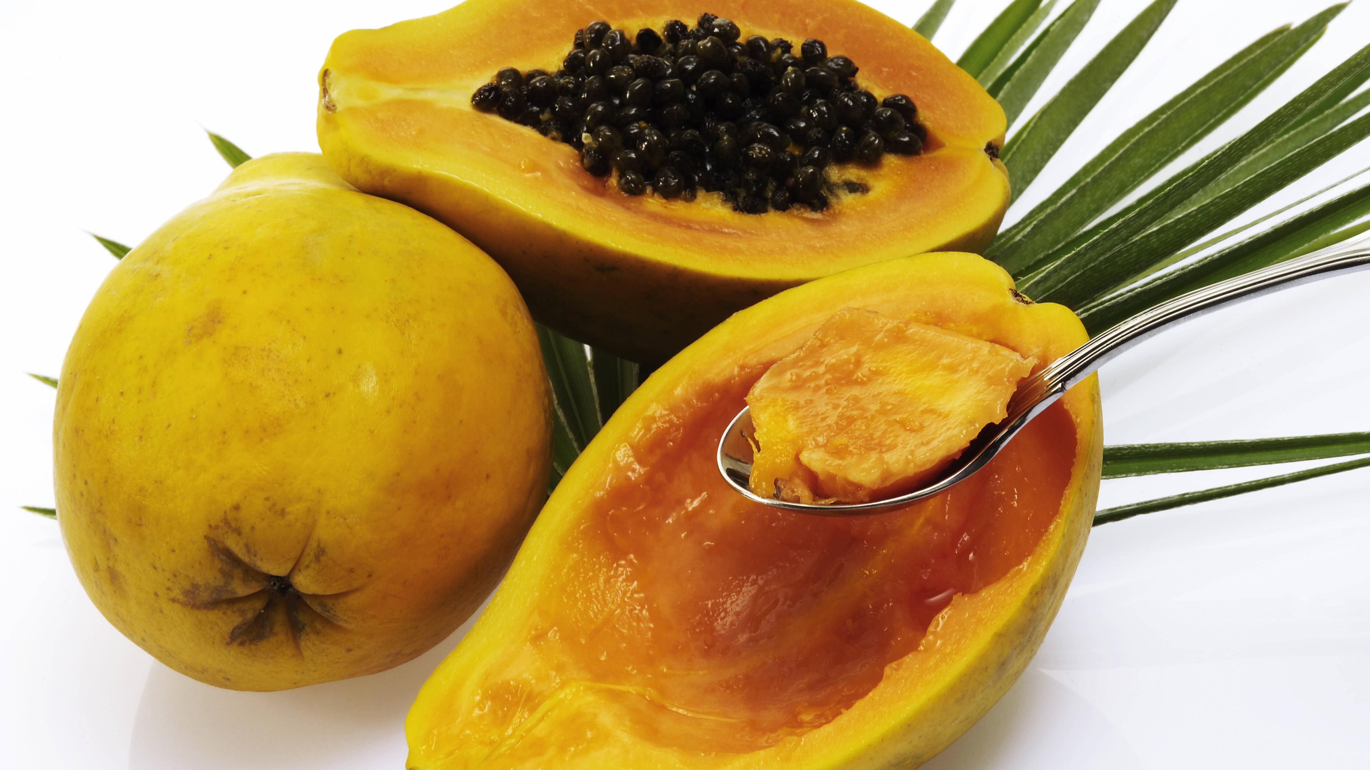 Papaya essen - wir zeigen Ihnen wie es geht