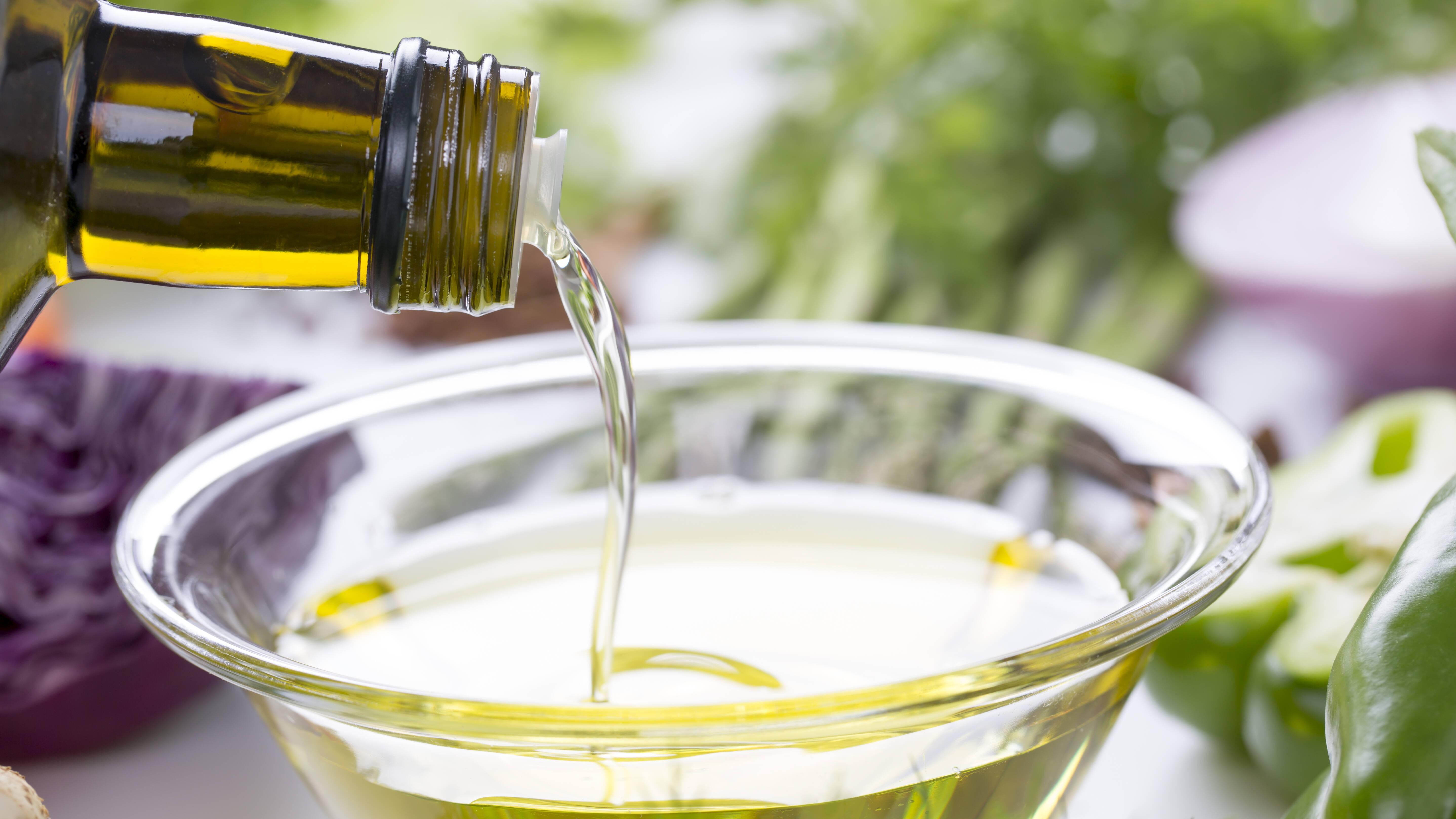 Speiseöl entsorgen - das sollten Sie beachten