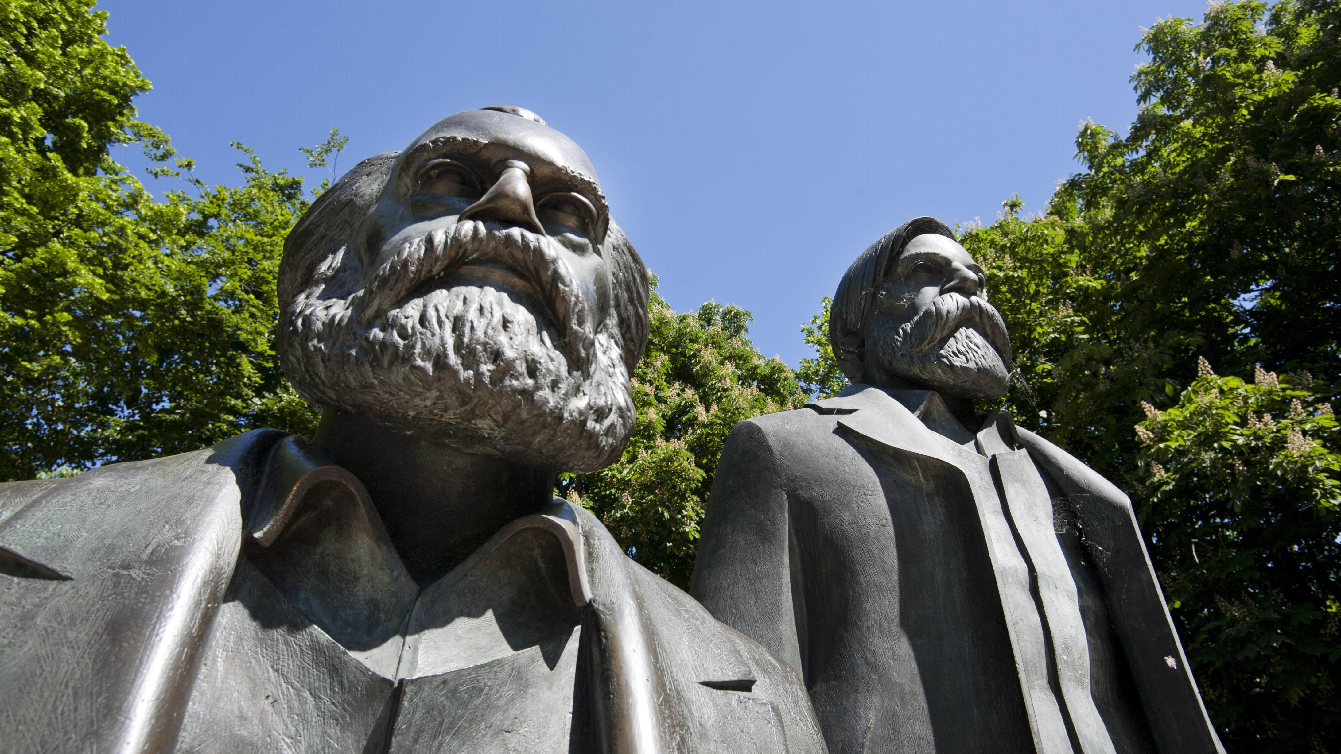Marxismus Definition & Mitbegründer: Marxismus einfach erklärt