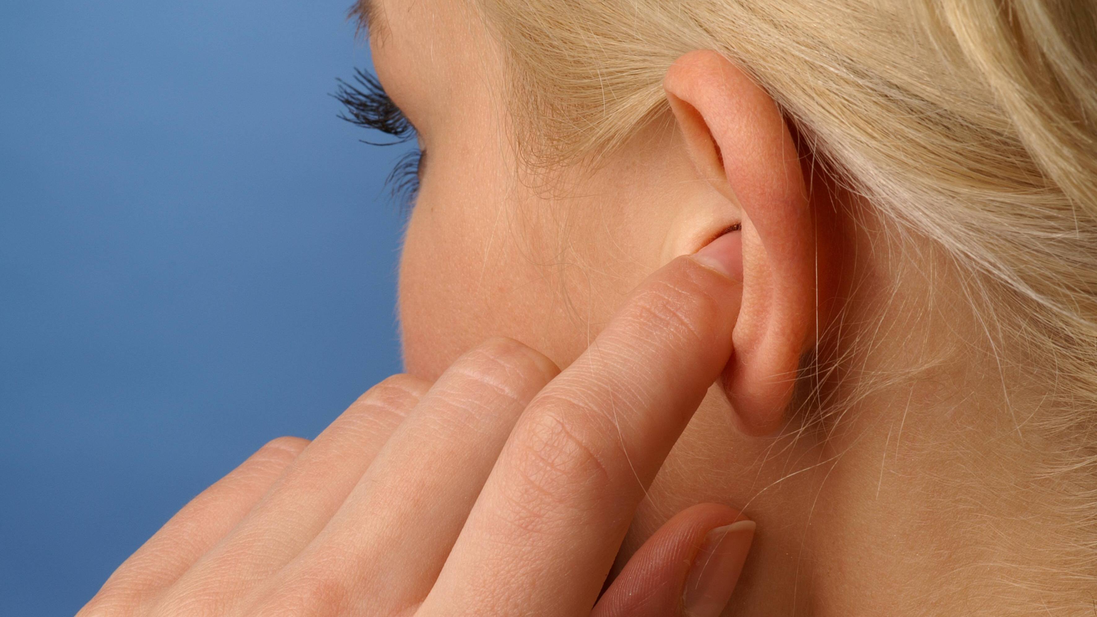Hörsturz als Anzeichen für einen Schlaganfall: Das sagt die Wissenschaft