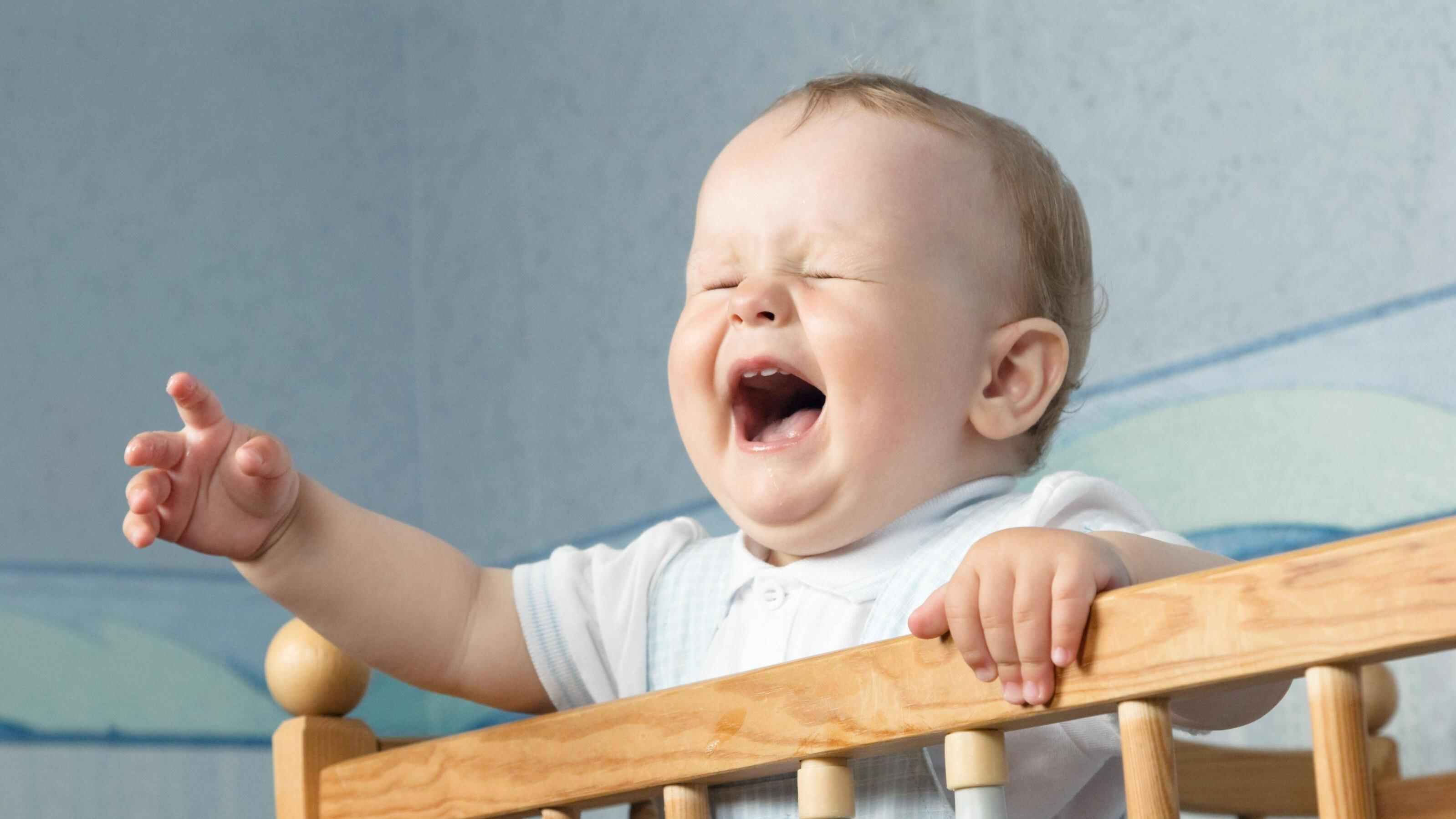 Wenn das Kind keinen Mittagsschlaf machen will, geht das oft mit Geschrei einher.