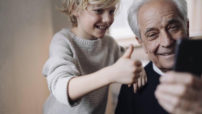 Großeltern-Enkel-Beziehung: So bauen Sie ein gutes Verhältnis auf