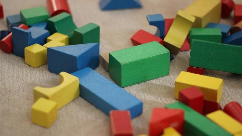 Minimalismus mit Kindern – wählen Sie das richtige Spielzeug