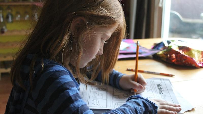 Hausaufgaben machen: So gelingt es ohne Stress