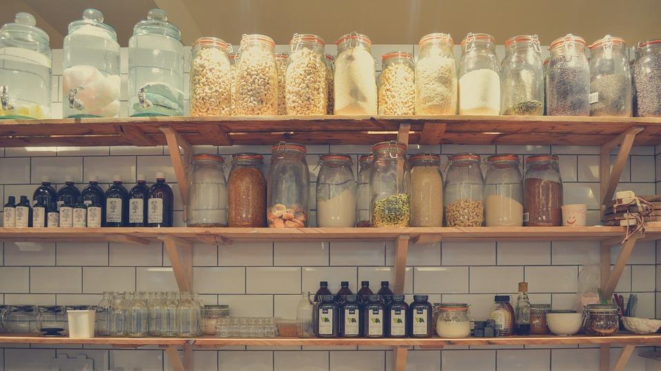 Vor allem getrocknete und eingekochte Nahrungsmittel erleichtern ein Leben ohne Kühlschrank.