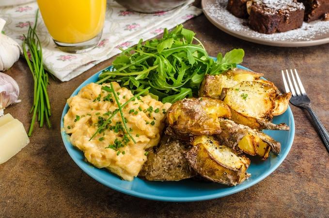 Smashed Potatoes können Sie auf vielfältige Weise genießen.