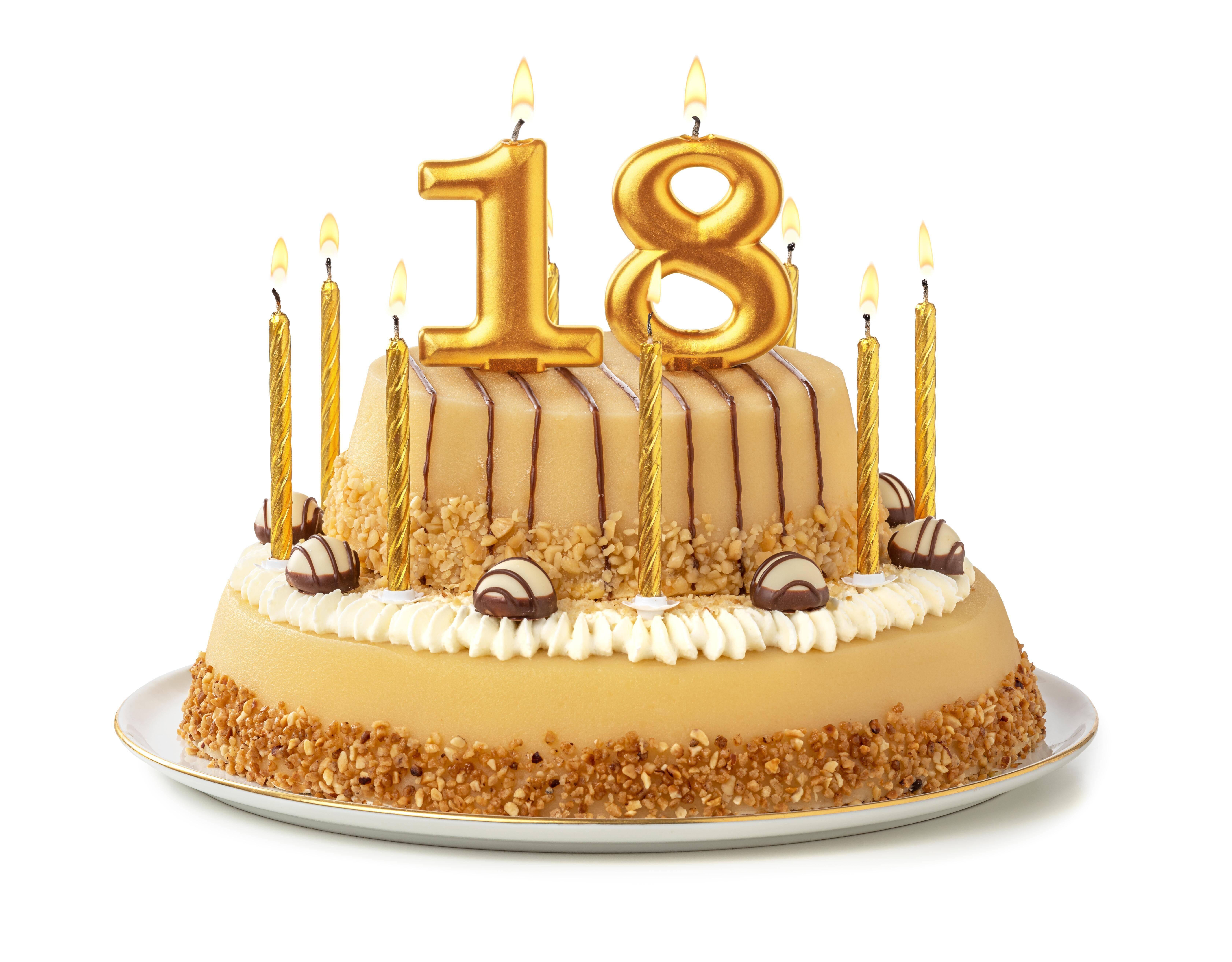 Was darf man mit 18? Rechte und Pflichten bei Volljährigkeit