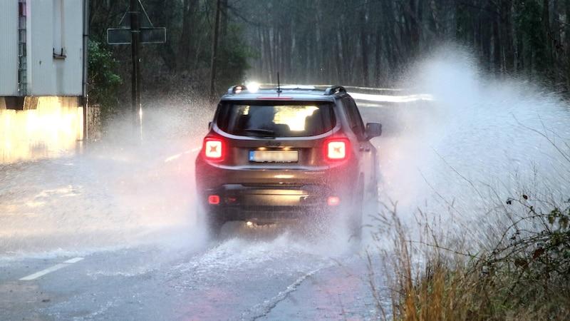 Ozonbehandlung fürs Auto: Funktion, Kosten und Durchführung
