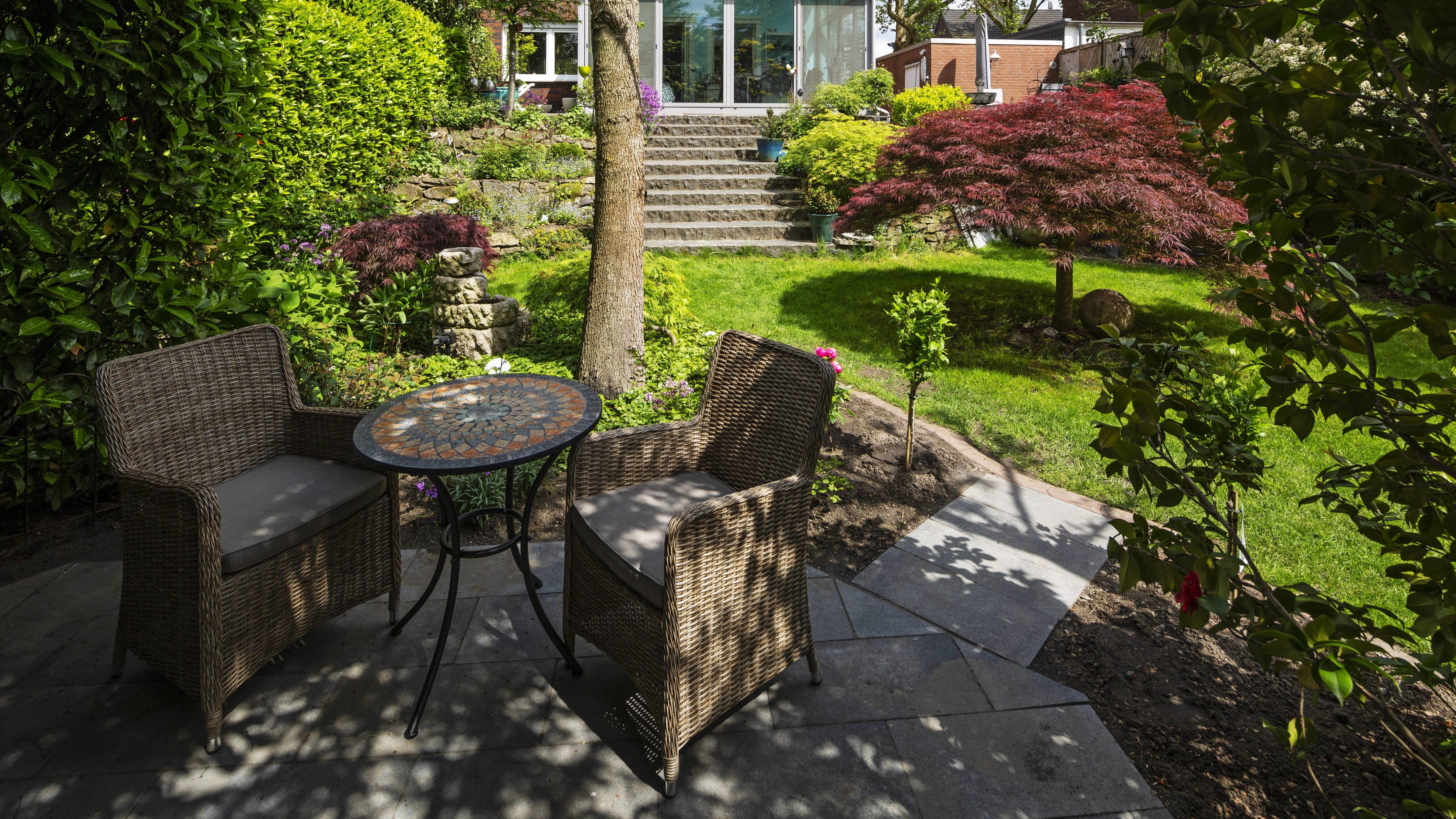 Ein schöner Garten lässt sich auch mit wenig Geld gestalten.