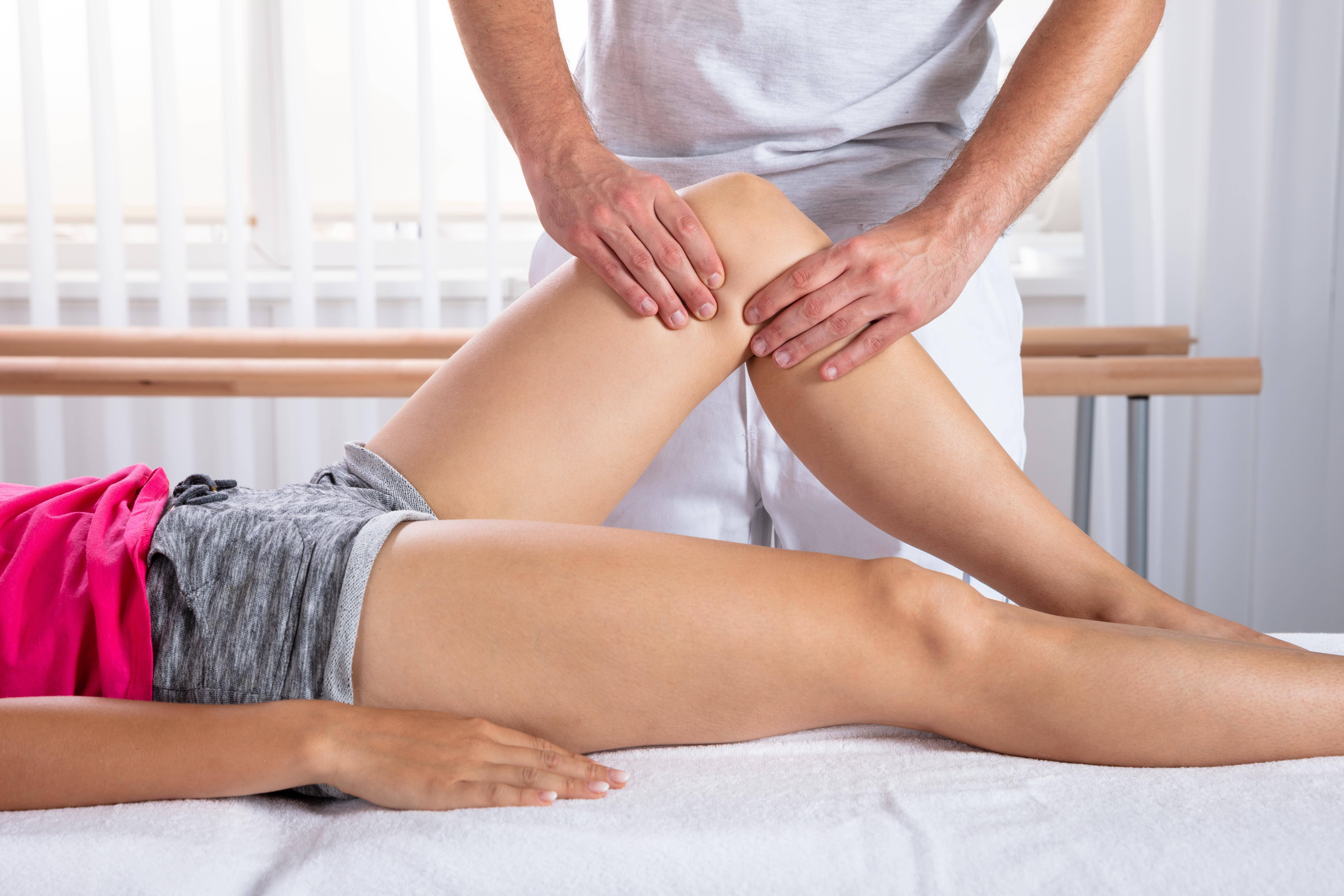 Physiotherapie begleitet sie nach der Knie-OP bis in die Reha.