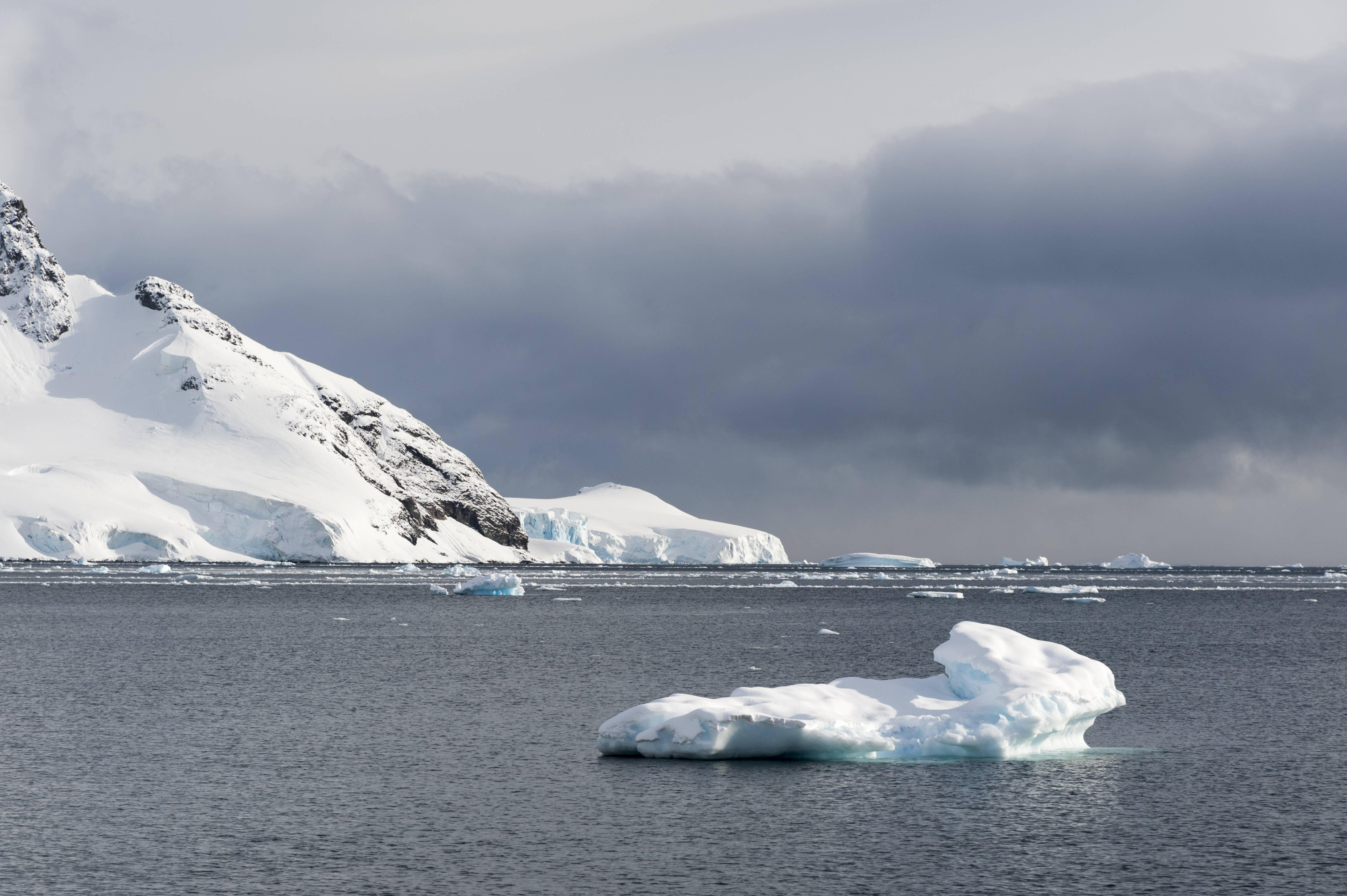 Einer der beiden Polarwirbel ist über der Antarktis zu finden.