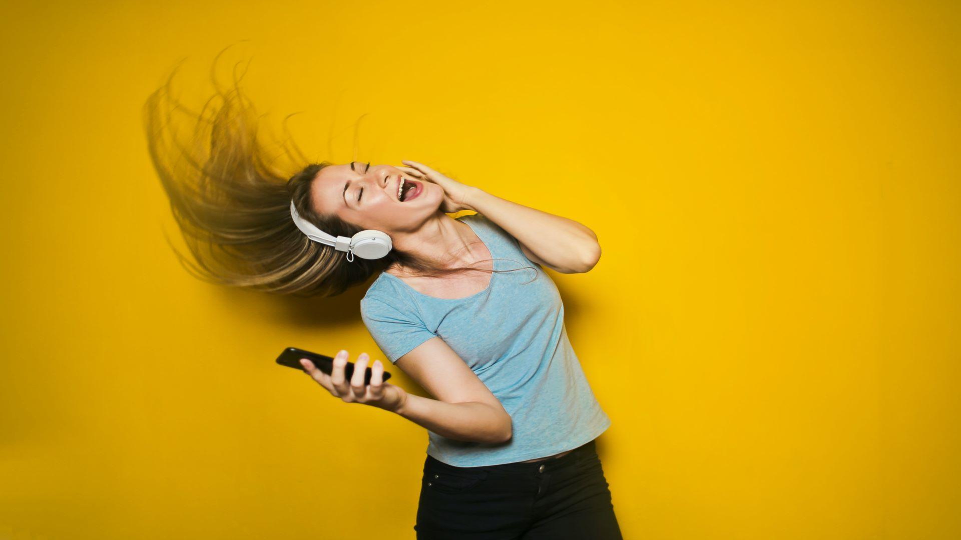 Schöne Stimme bekommen: Diese Übungen helfen