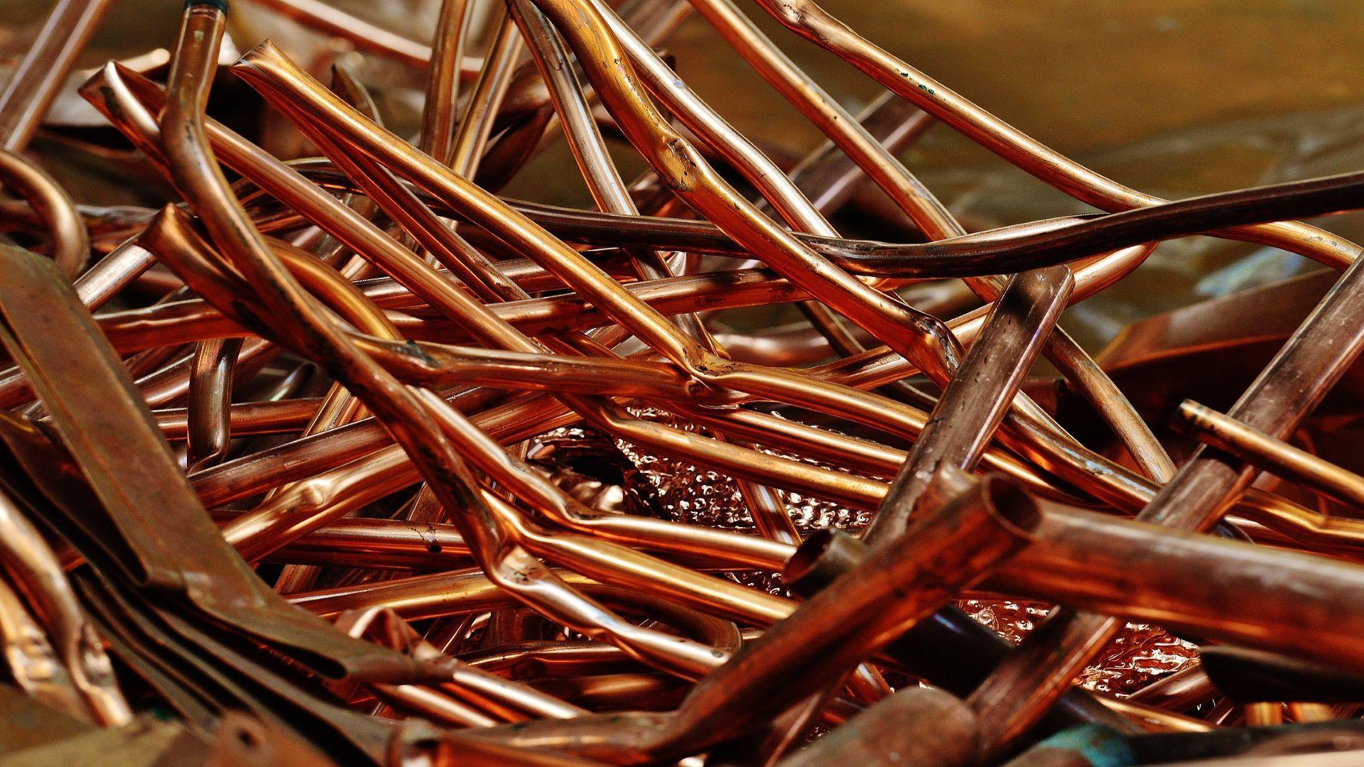 Kupferrohre kleben: Das müssen Sie wissen