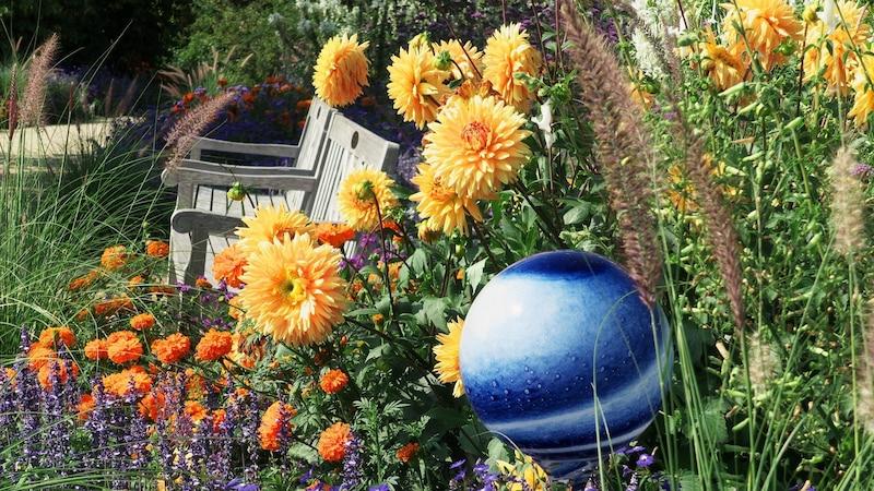 Garten gestalten mit wenig Geld: Mit diesen Tipps gelingt's