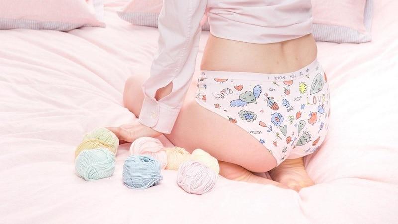 Nutzen Sie Unterwäsche aus Baumwolle, wenn Sie Ihre Tage haben.