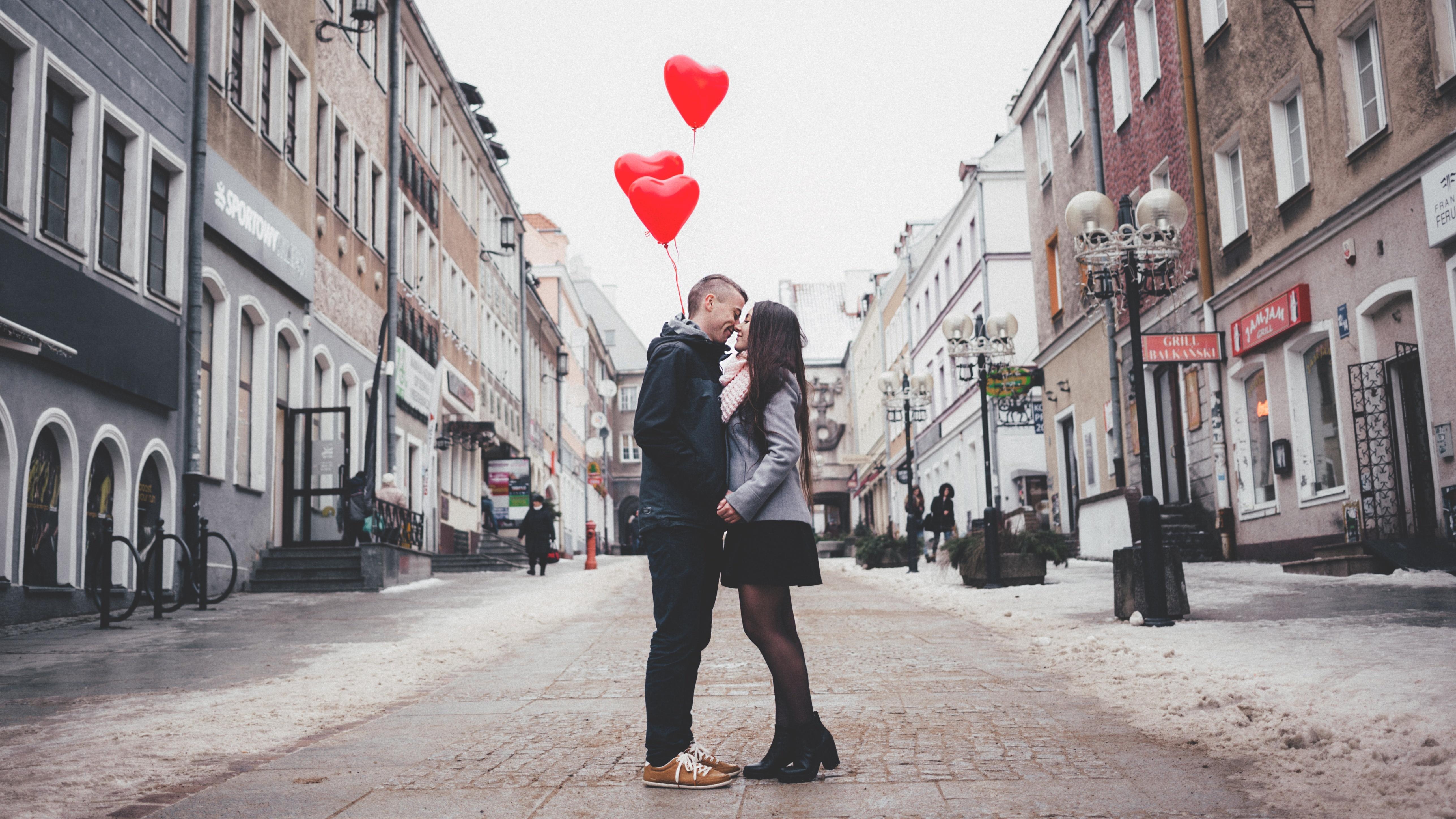 Valentinstag: Individuelle Geschenke basteln - 3 tolle Ideen