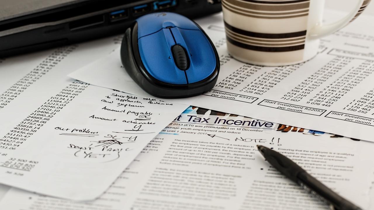 Den Erhaltungsaufwand für Ihre vermieteten Immobilien können Sie steuerlich absetzen.