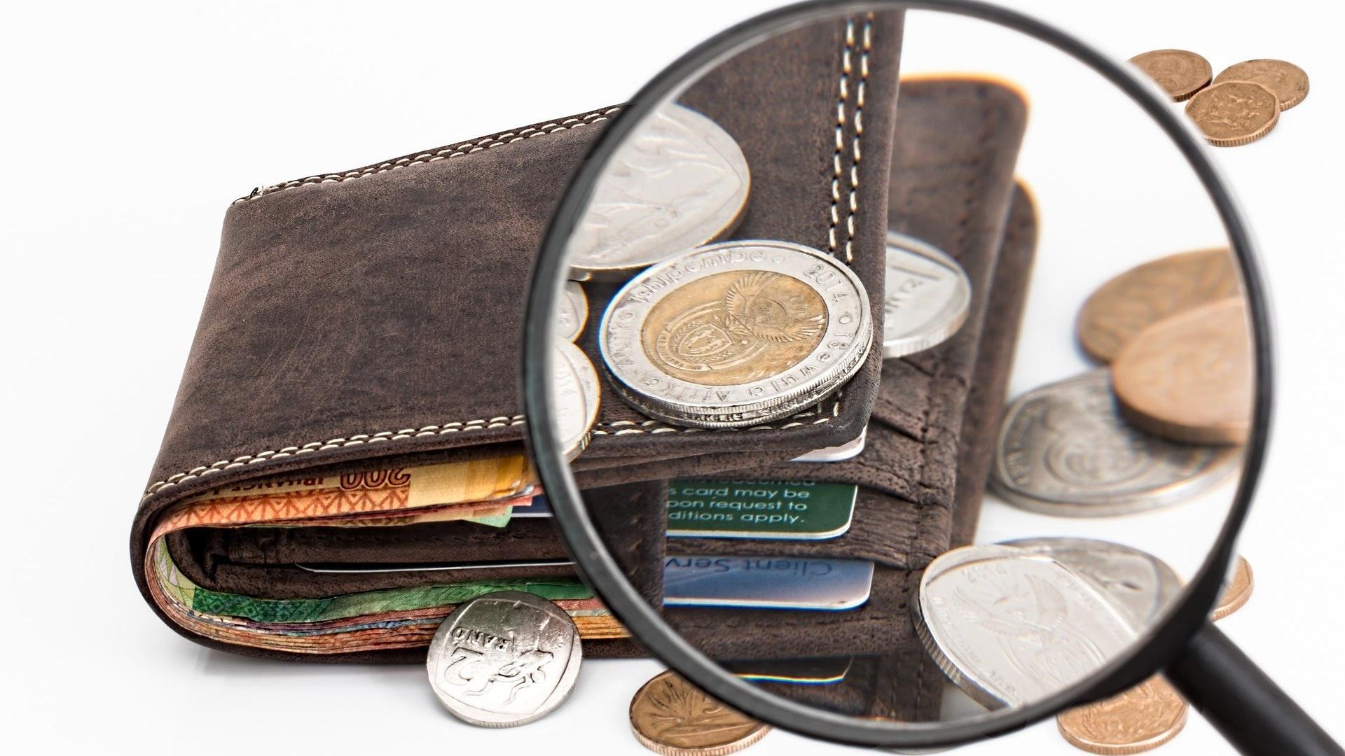 Ab wann eine Rentenbesteuerung erfolgt, hängt von der Höhe der Rente und vom Renteneintrittsjahr ab.