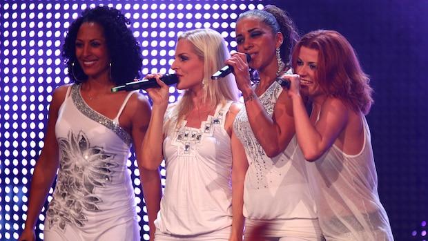 No Angels 2009 bei Die neue Hitparade in Essen (v.l.n.r.: Jessica Wahls, Sandy Mölling, Nadja Benaissa, Lucy Diakovska)