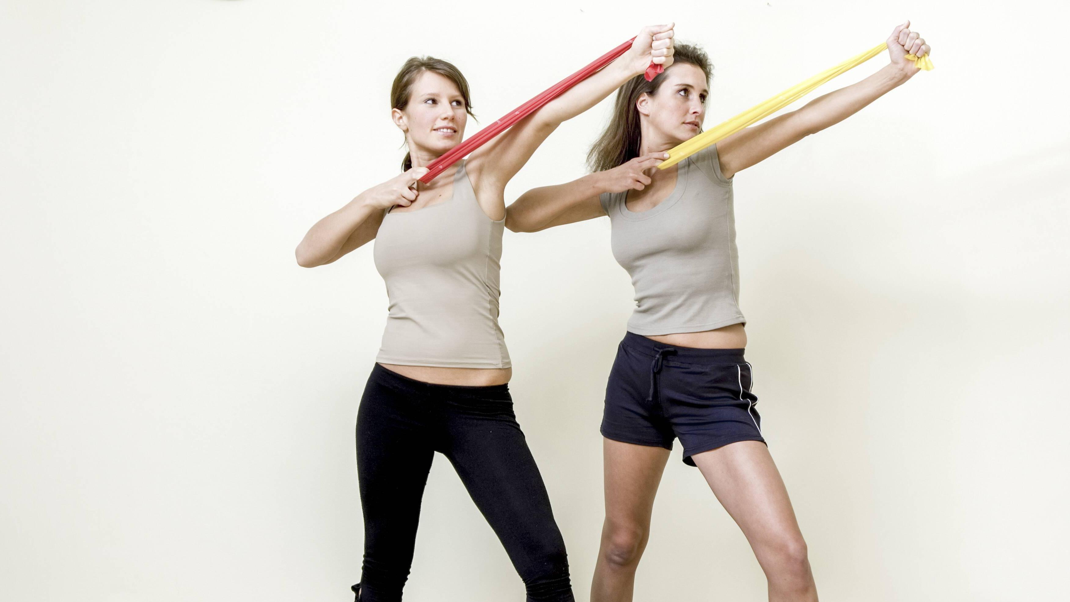 Übungen mit Fitnessbändern: 5 Trainingsmethoden für den ganzen Körper