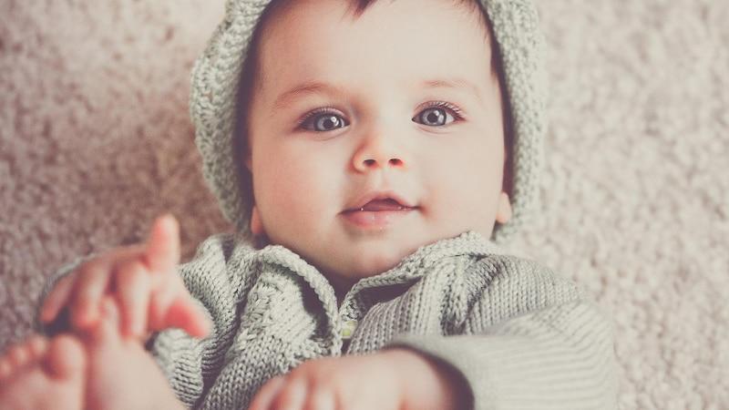 Osteopathie für Babys: Wann Sie zum Osteopathen gehen sollten