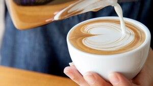 Der Milchaufschäumer macht den Kaffeegenuss perfekt.