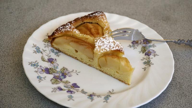 Pfirsich-Schmand-Kuchen backen - so geht's