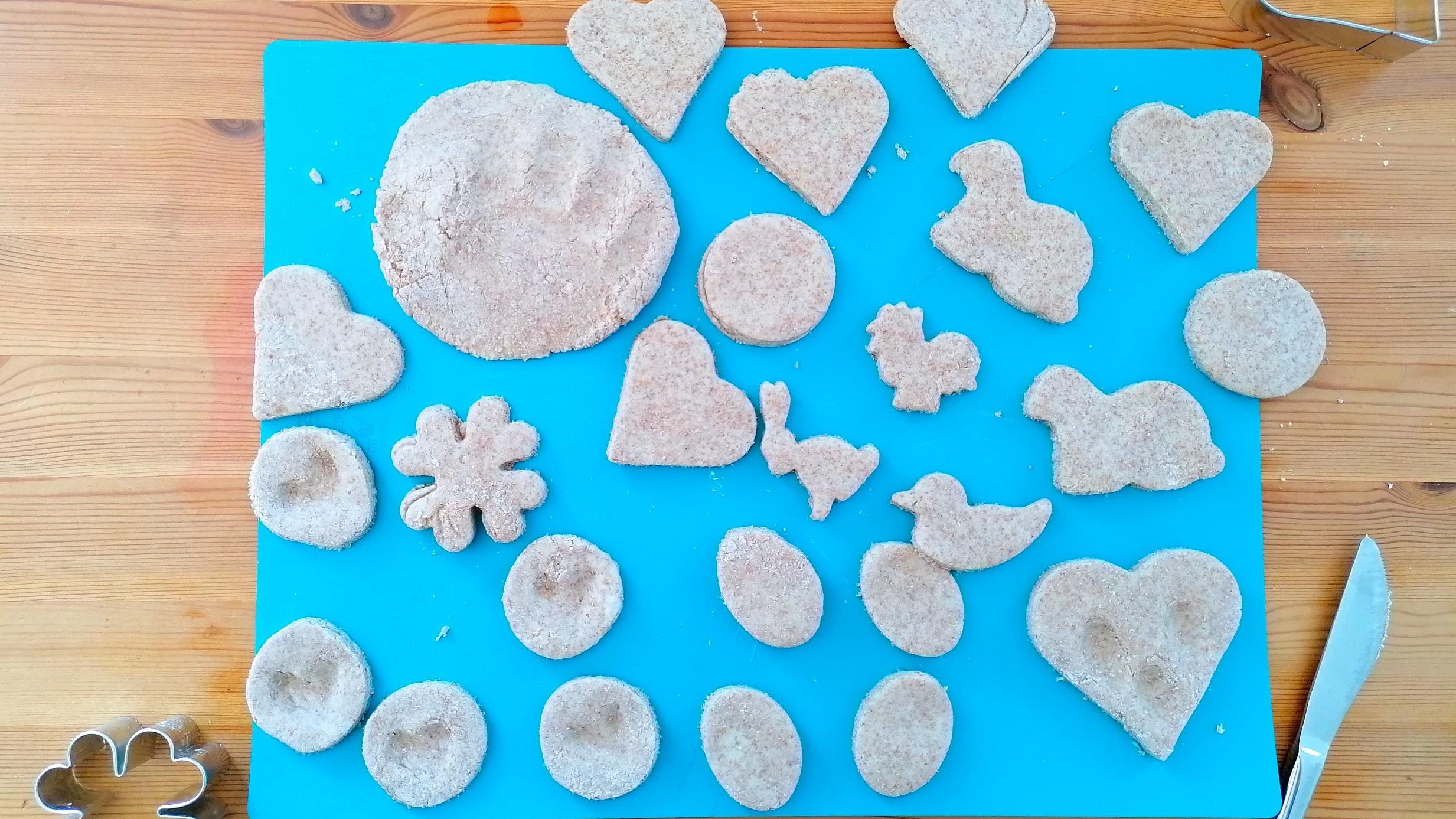 Mit Plätzchenausstechern lässt sich viel mit Salzteig machen