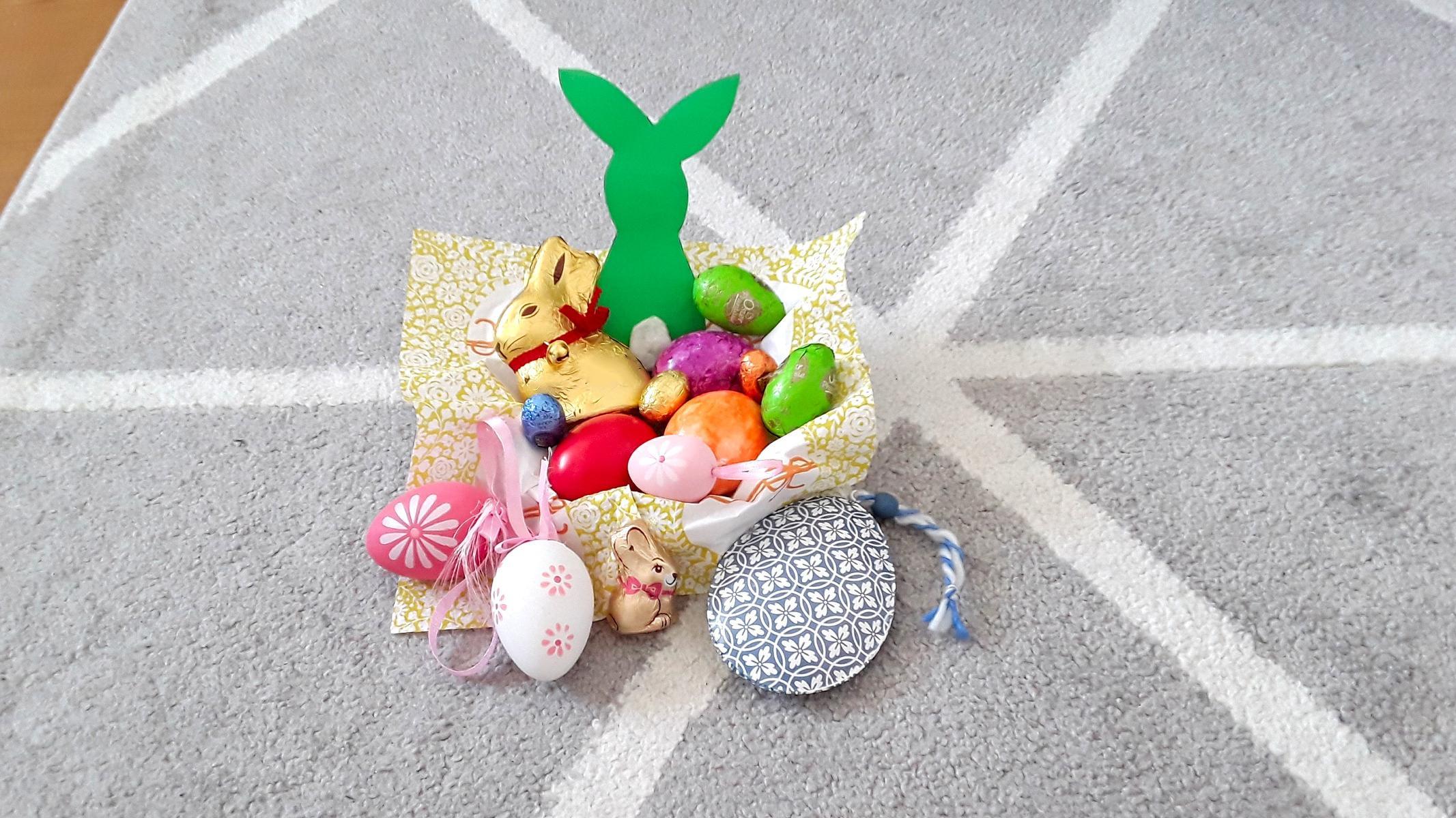 Osterkörbchen zu Ostern selbst basteln.