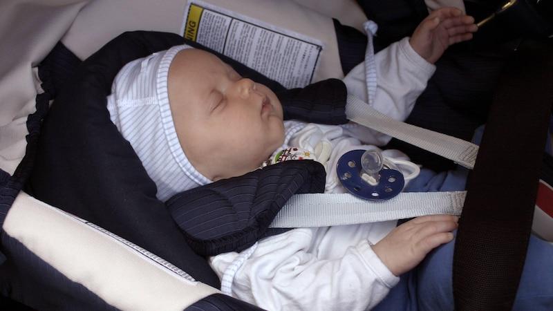 Einschlafrituale für Babys: Tipps für einen guten Schlaf