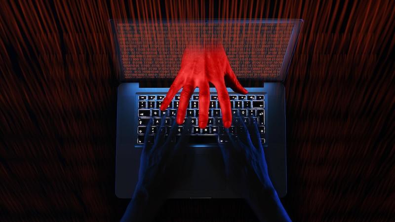Phishing-SMS erkennen und melden - so geht's