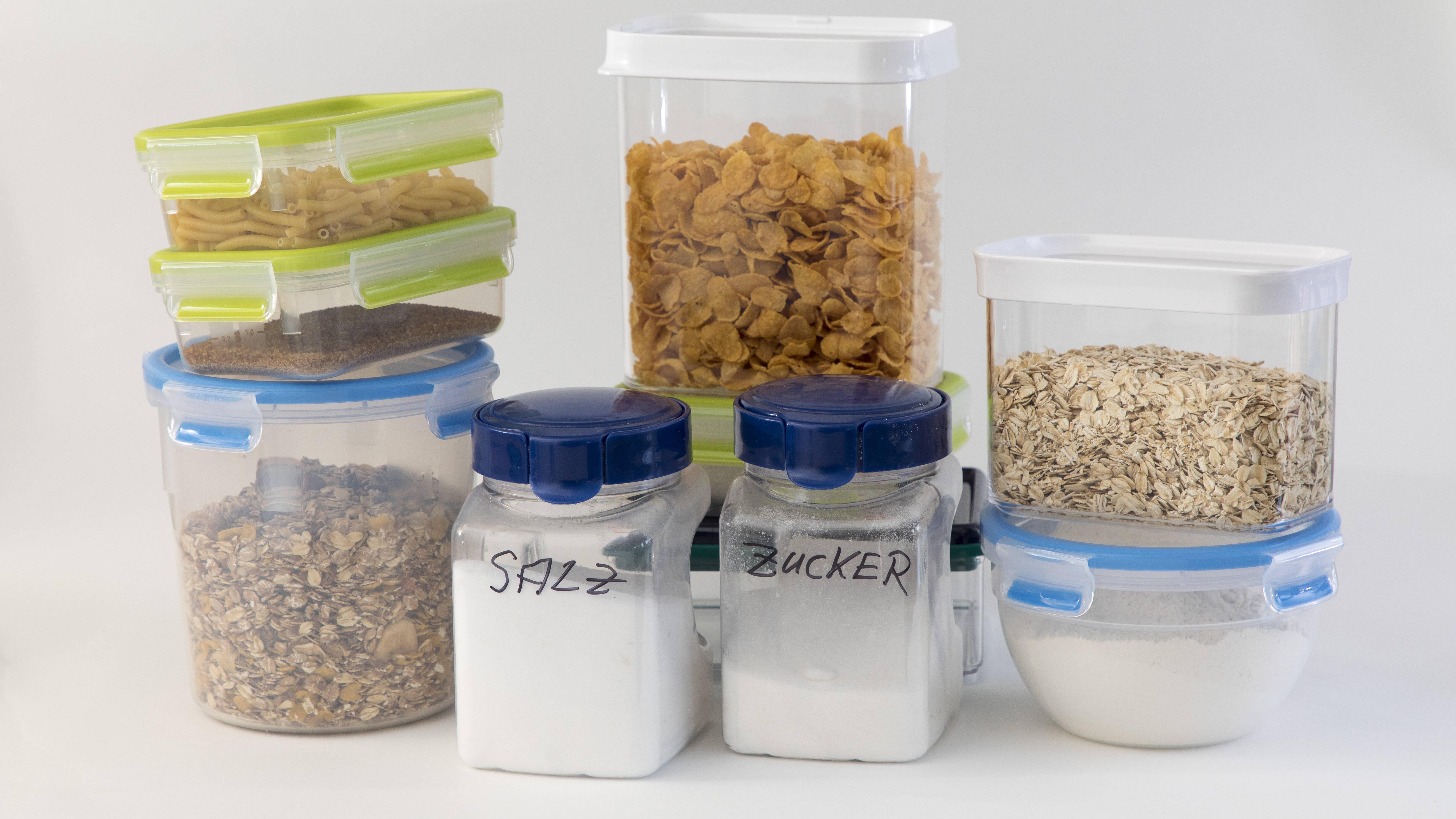 Müsli lässt sich gut in Behältern aufbewahren. Darin bleibt es knusprig.