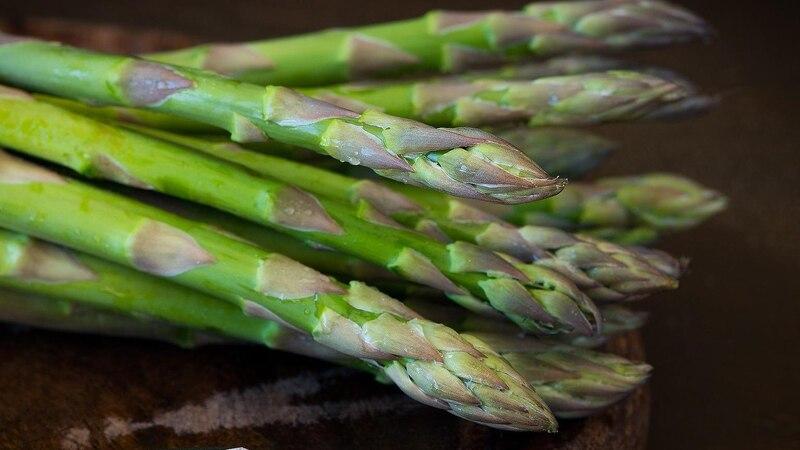 Spargel bei Rheuma: Deshalb sollten Sie das Gemüse meiden
