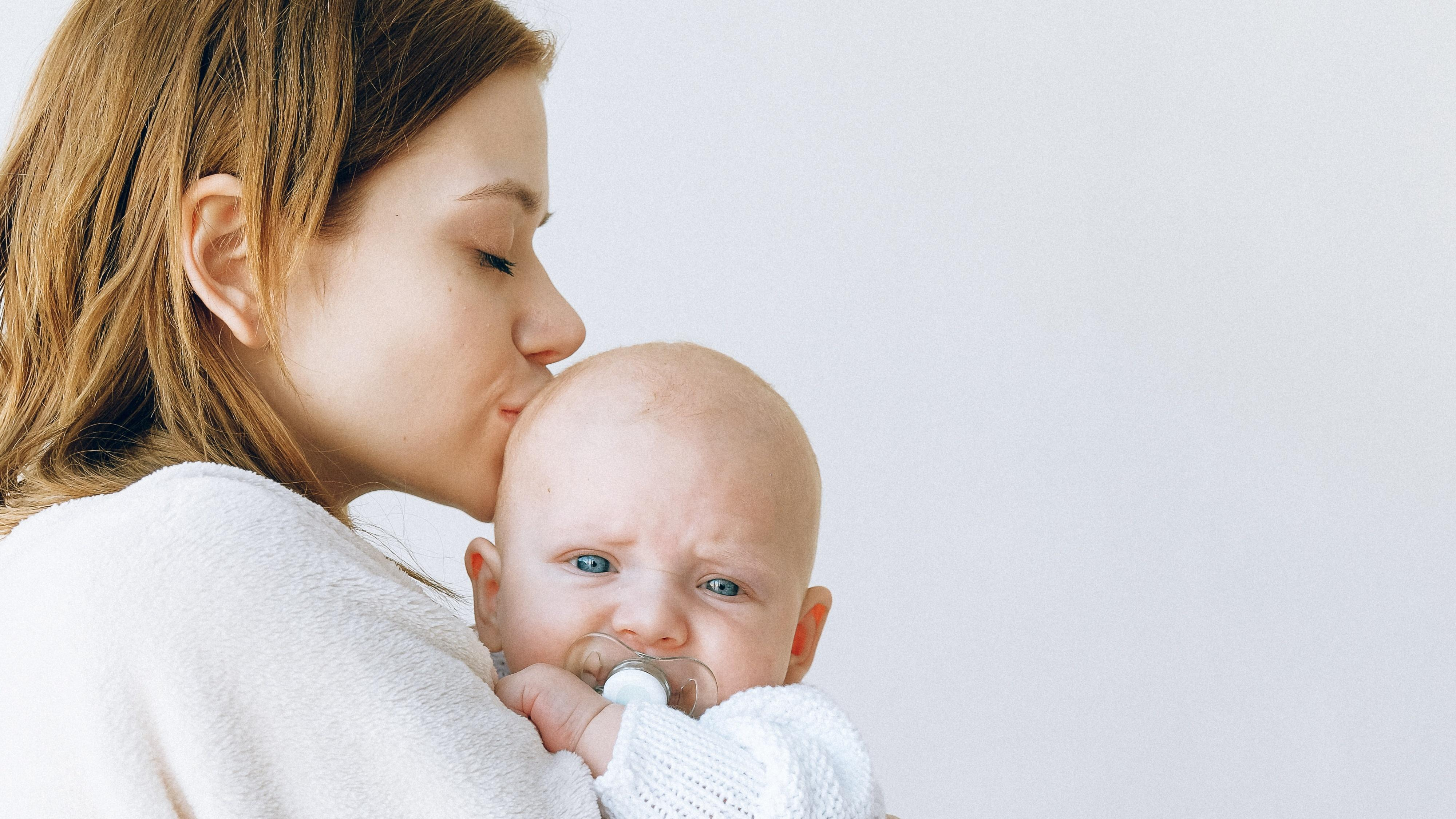 Nach einer professionellen Behandlung können Sie die Zeit mit Ihrem Baby genießen.