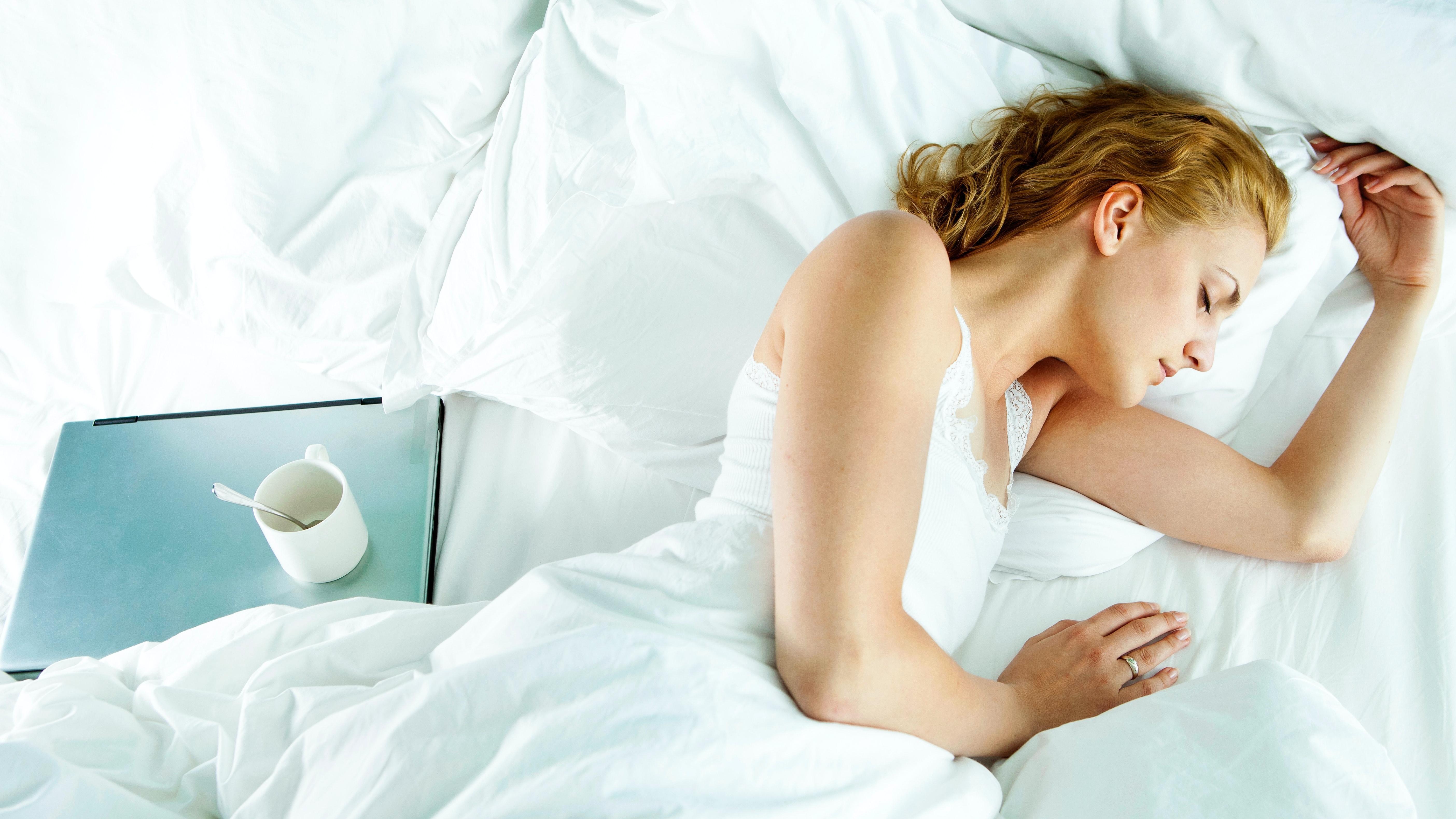 Besser einschlafen: Diese 5 Techniken verhelfen zu einem erholsameren Schlaf
