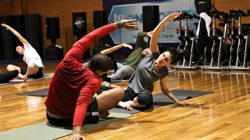 Gesäßmuskel trainieren: 3 effektive Übungen