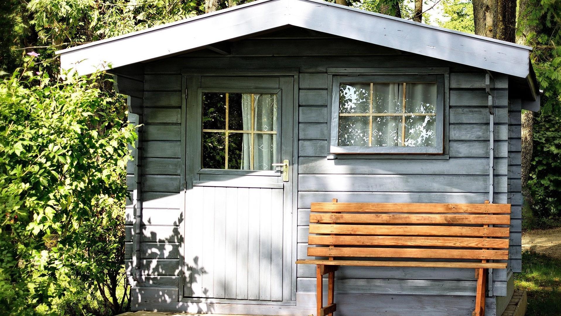 Renovieren Sie Ihr Gartenhaus nach guter vorheriger Planung.