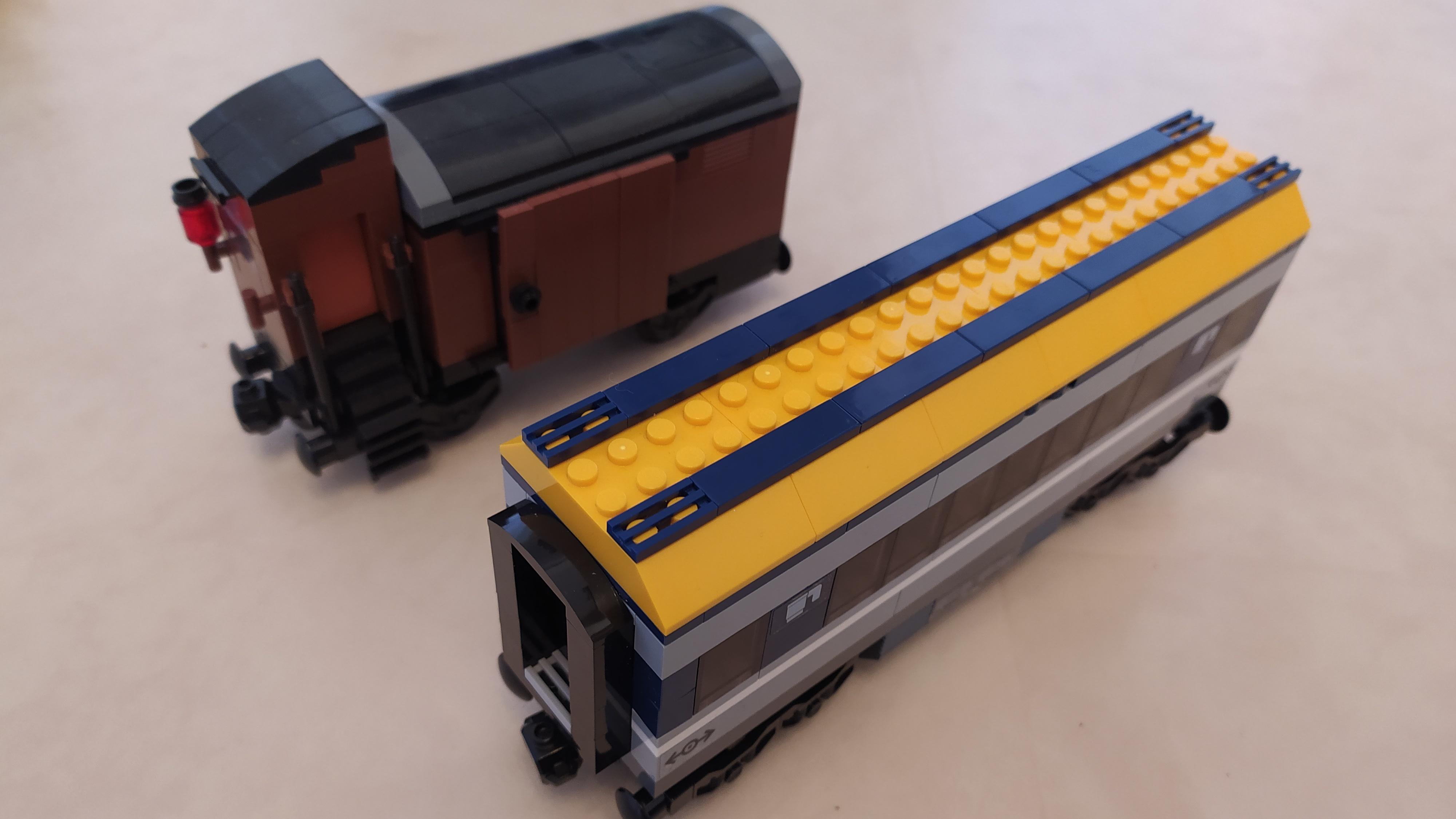 LEGO und Bluebrixx - Unterschiede und Gemeinsamkeiten
