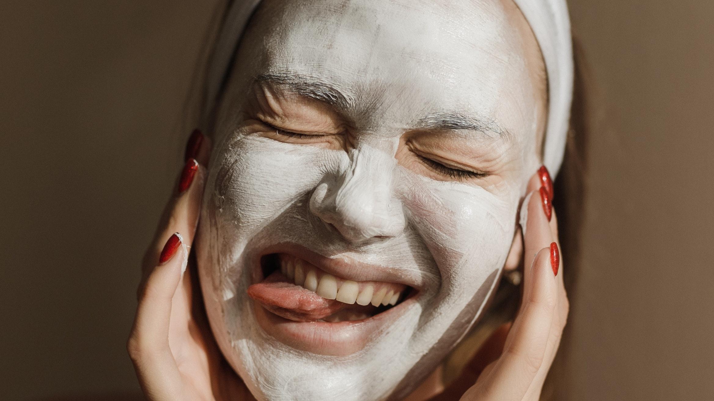 Backpulver-Maske gegen Falten: Wirkung und Anwendung der DIY-Maske
