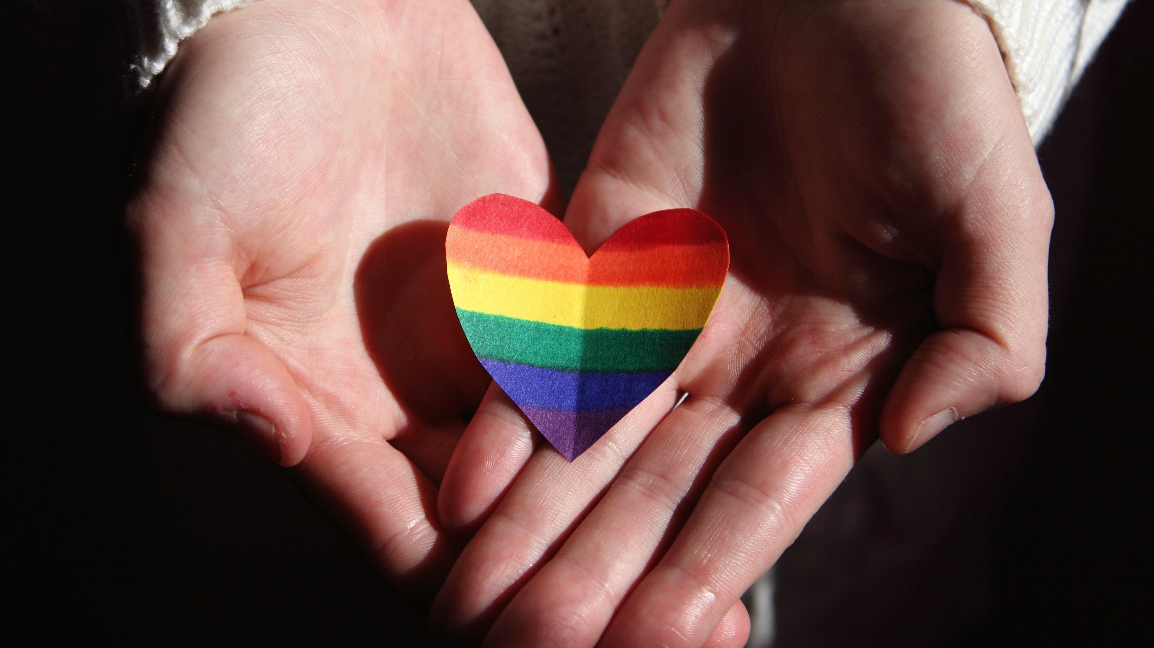 Bisexuell oder Pansexuell: Das ist der Unterschied