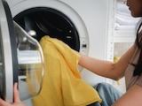 Die Waschmaschine gehört fest zu den meisten Haushalten.