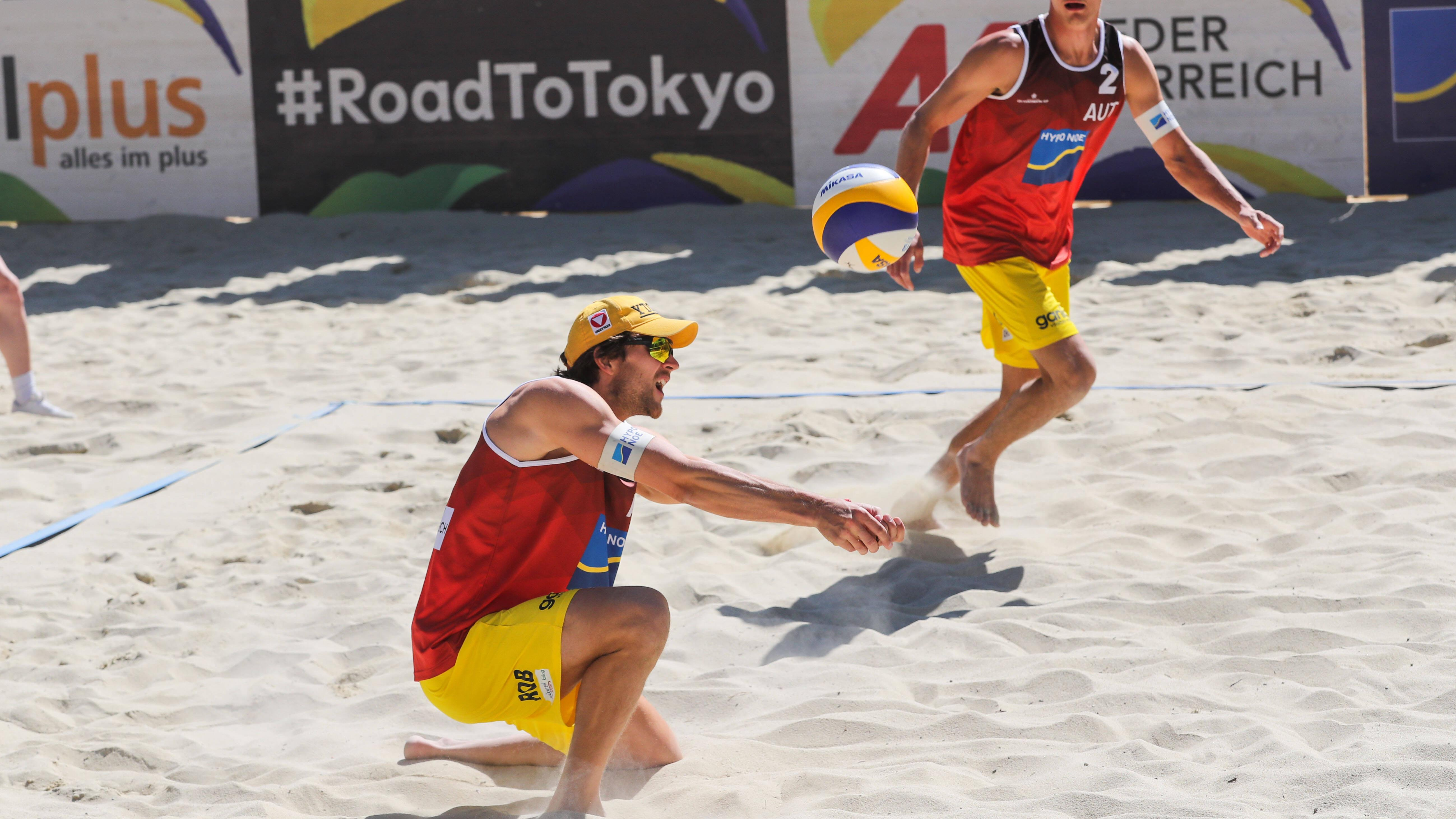 Beim Beachvolleyball gibt es verschiedene Regeln, die es zu beachten gilt