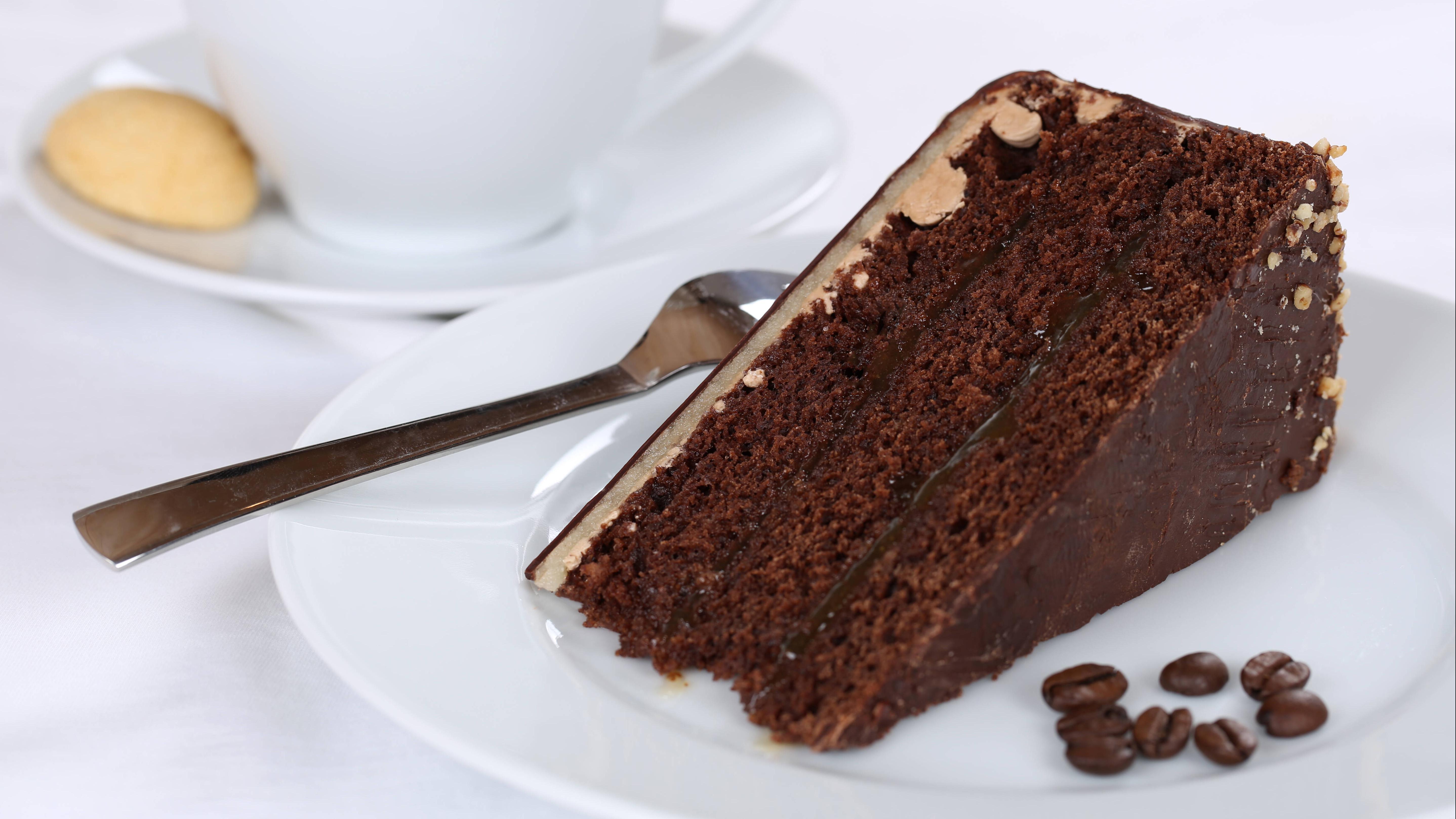 Auf Ihre geliebten Schokoladendesserts müssen Sie nicht gänzlich verzichten. In kleinen Mengen sind sie auch dann ok, wenn Sie abnehmen möchten.