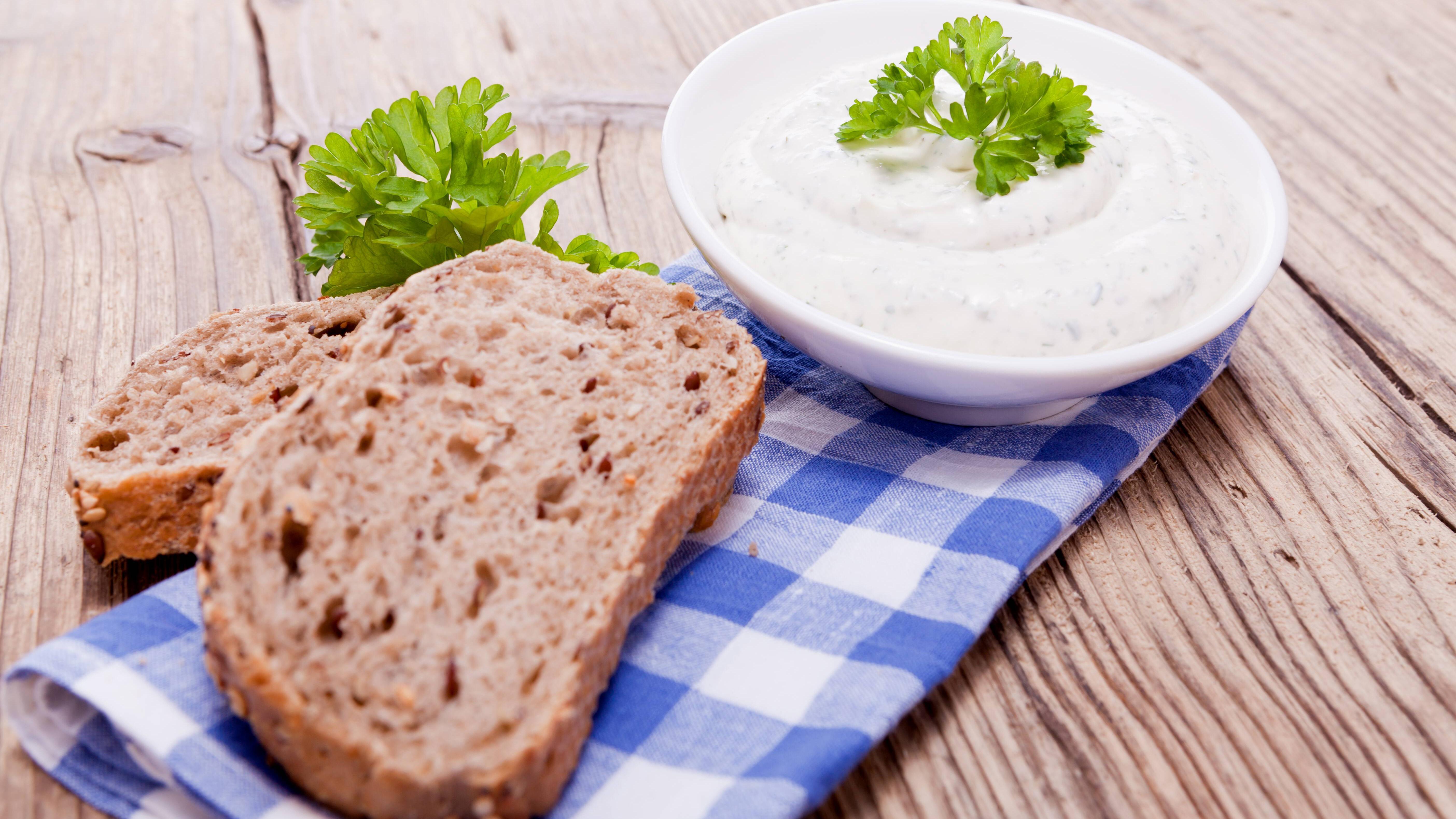 Für glutenfreies Brot gibt es einige Alternativen zu Weizenmehl