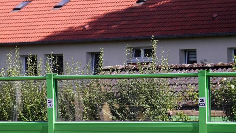 Lärmschutzwand im Garten: Mit diesen Kosten müssen Sie rechnen